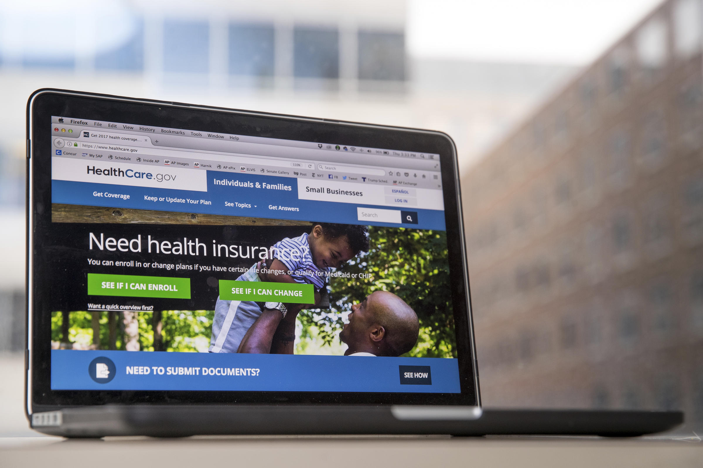 Obamacare Trump seeks to dismantle sets record in enrollment