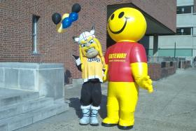 Victor E. Viking and Gateway Guy celebrate the expanded partnership between NKU and Gateway CTC.