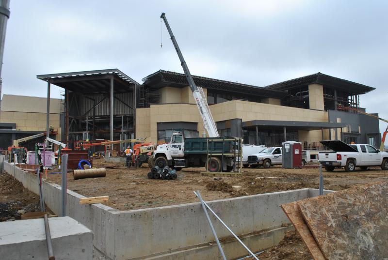 Construction continues on Cincinnati's Horseshoe Casino