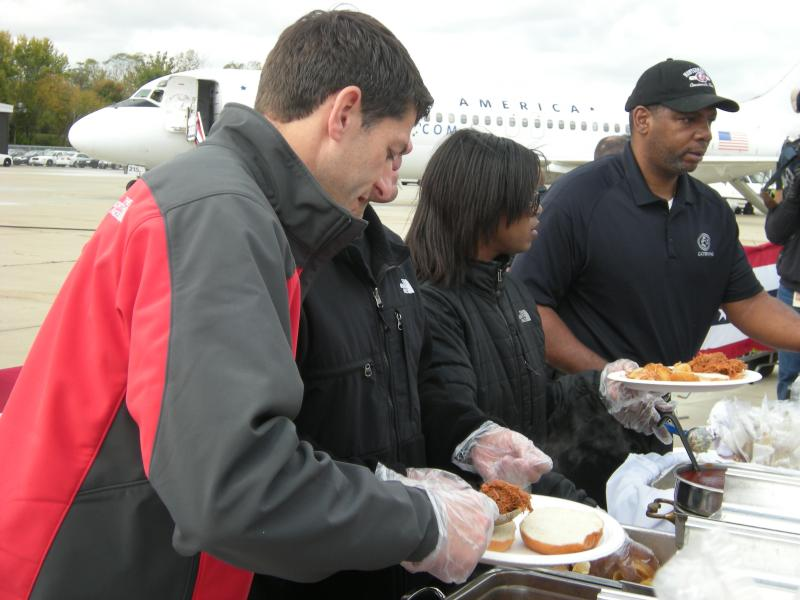 Paul Ryan dishes up barbecue to supporters