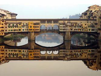 The Purple People Bridge hotel concept is based on the Ponte Vecchio bridge in Italy.
