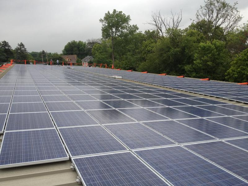 In December 2012, 600 solar panels were installed at the College Hill Recreation Center.