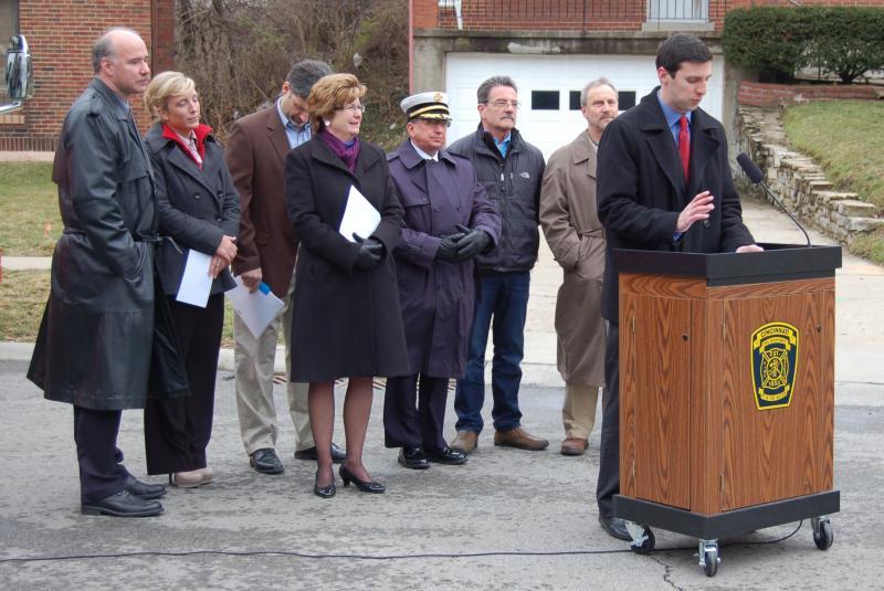 Officials at Cincinnati press conference on smoke detectors