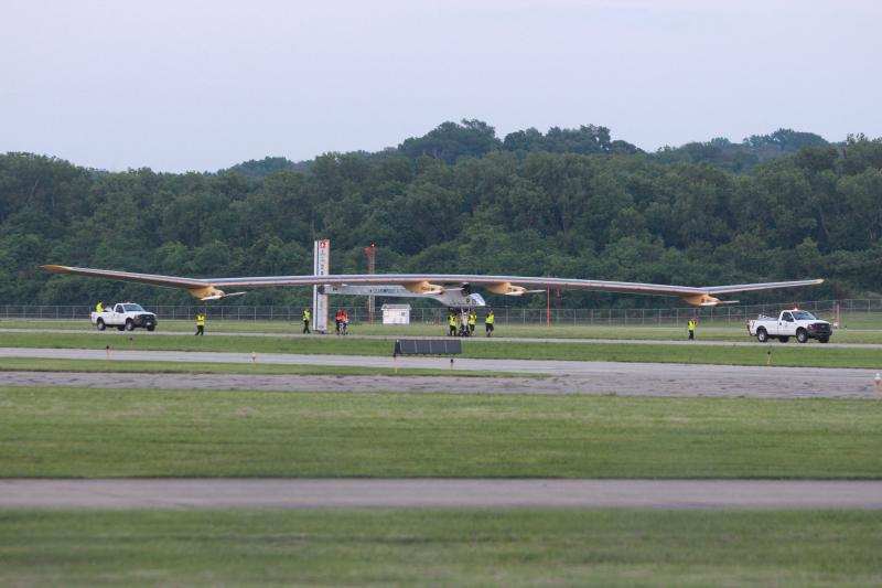 The Solar Impulse lands at Lunken.