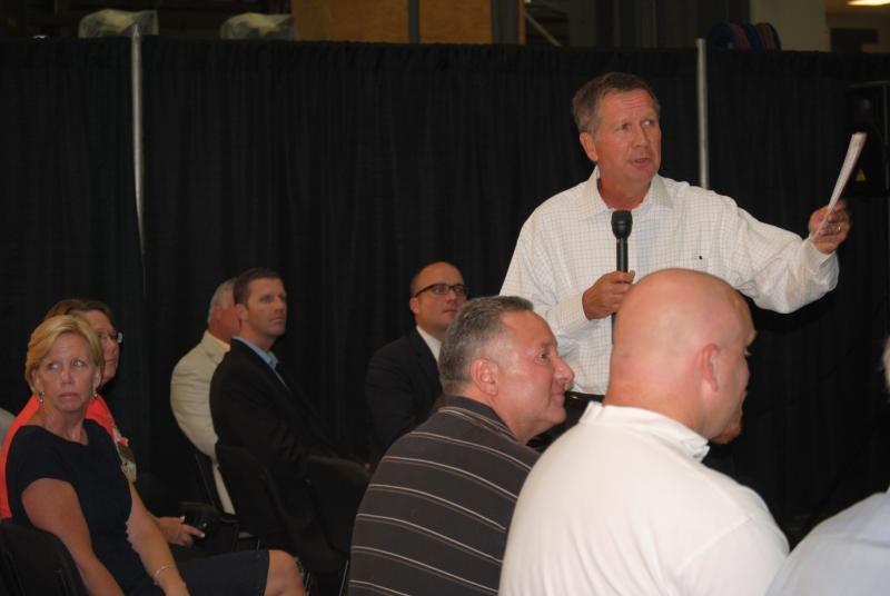 Governor Kasich spoke to local Chamber of Commerce members at Cincinnati Milacron in Batavia Thursday.