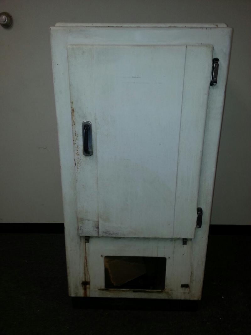 Yeah, it's really old.  Westinghouse fridge turned in by Patricia McMillan of Cleves.