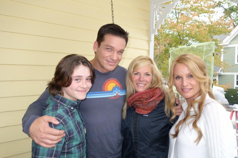 (second from left) Bart Johnson, Kristen Erwin, Nicolette Sheridan
