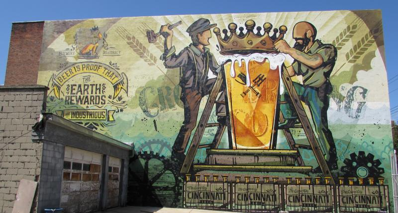 New mural celebrates cincinnati 39 s beer heritage wvxu for Cincinnatus mural