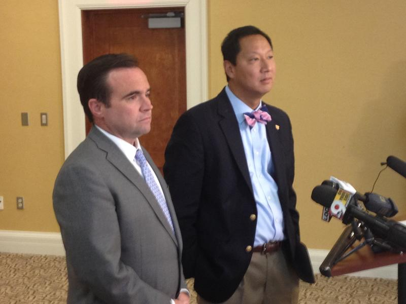 (from left) Cincinnati Mayor John Cranley and UC President Santa Ono at a news conference about the death of motorist Samuel Dubose by a UC police officer.