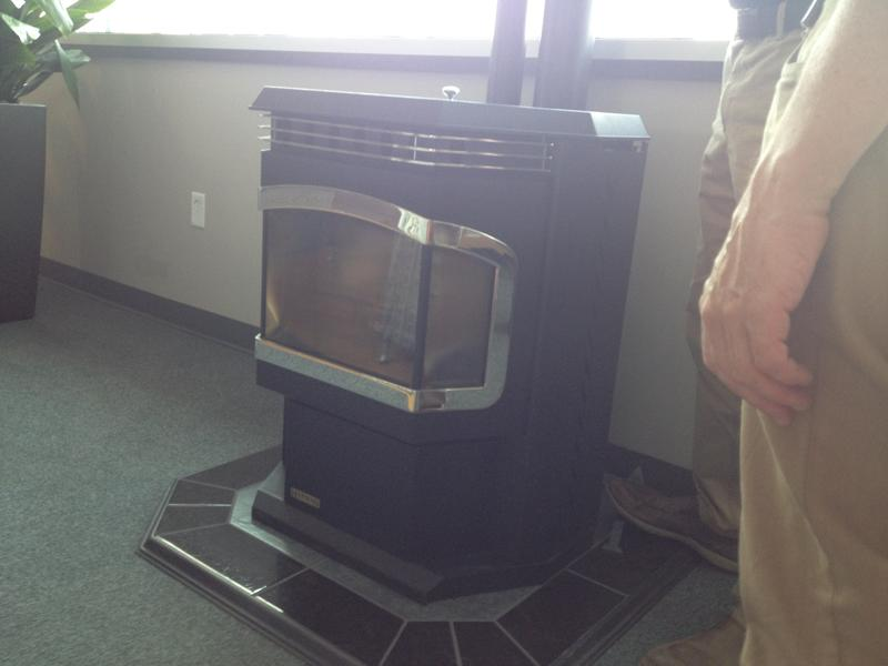 Biomass stoves are used to heat Melink.