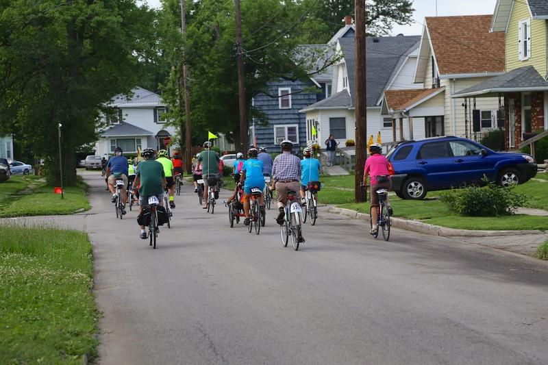 Riders in the 2015 Great Ohio Bicyle Adventure (GOBA).
