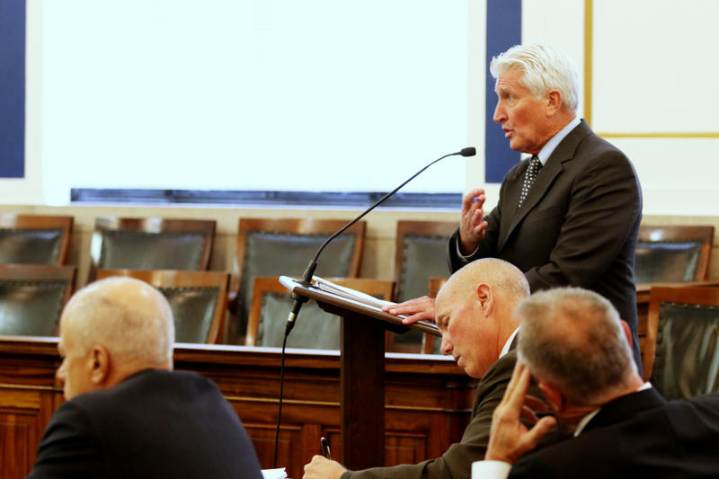 Defense attorney Stew Mathews at the podium during the first Tensing trial.