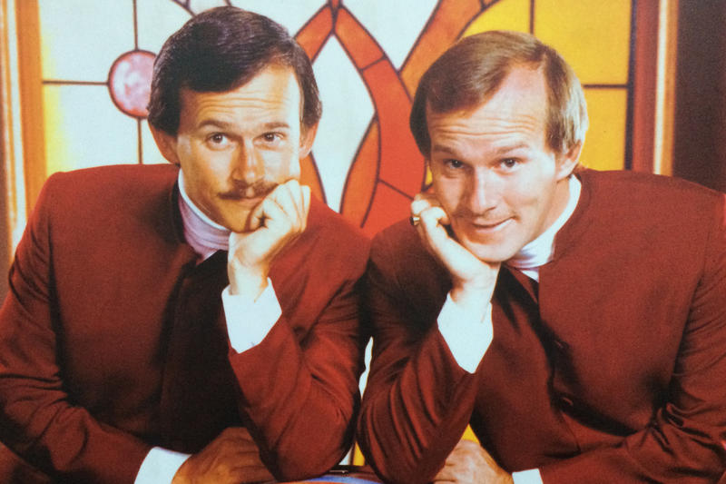 """Tom and Dick Smothers on the """"Smothers Brothers Comedy Hour"""" set"""