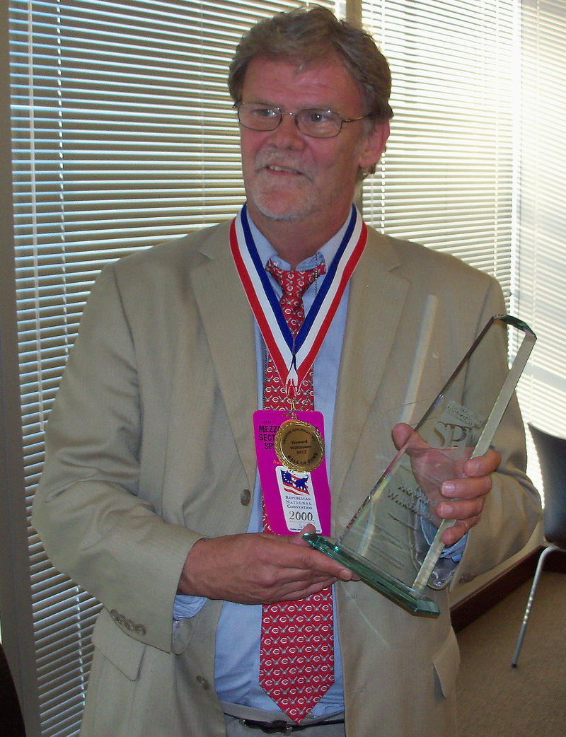 Howard Wilkinson when he was inducted into the Cincinnati Journal Hall of Fame in 2012.