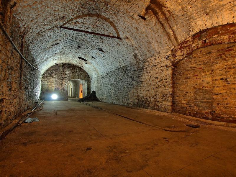 Three speakers weave tales of intrigue about OTR's buried past.