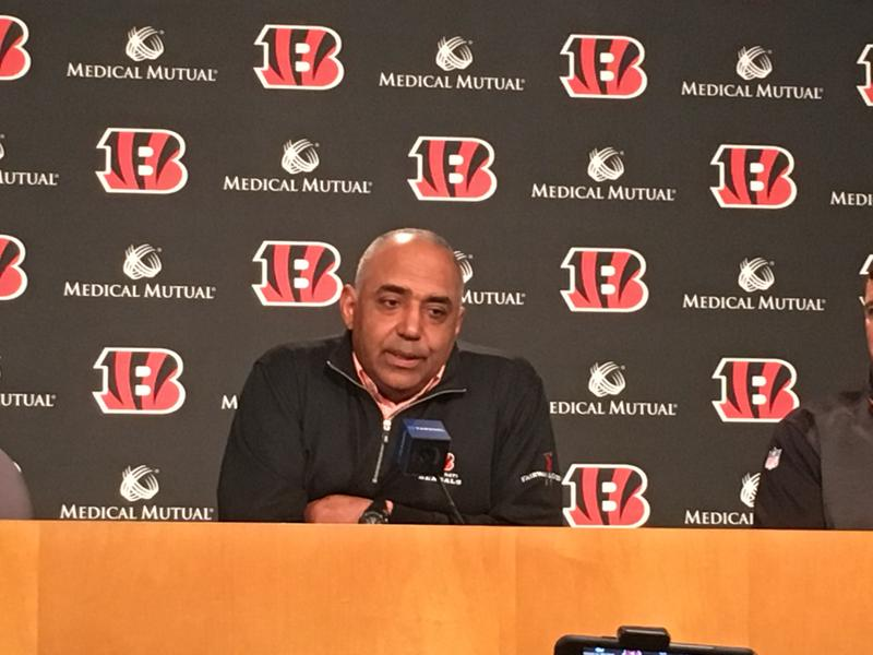 Bengals Coach Marvin Lewis will extend his coaching tenure to 16 seasons, twice that of Paul Brown and Sam Wyche.