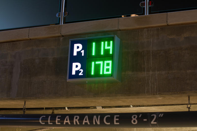 A three-phase parking plan will begin with interstate exit signs, continue onto city streets and keep track of how many parking spots are left in riverfront garages.