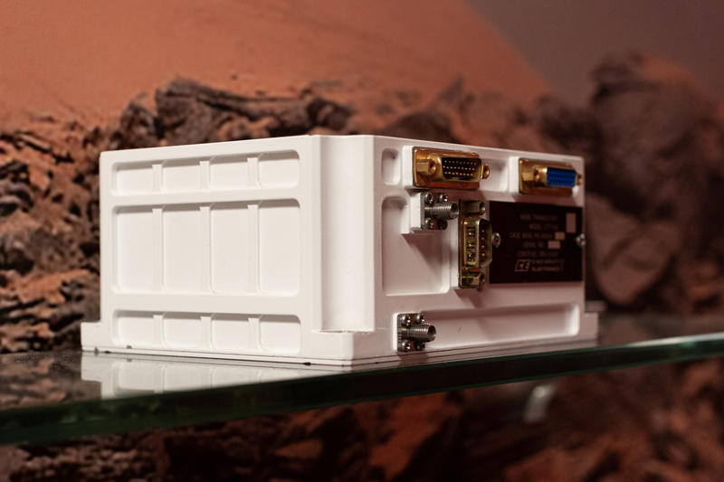 A radio, just like this one, is the communication link between earth and Mars.
