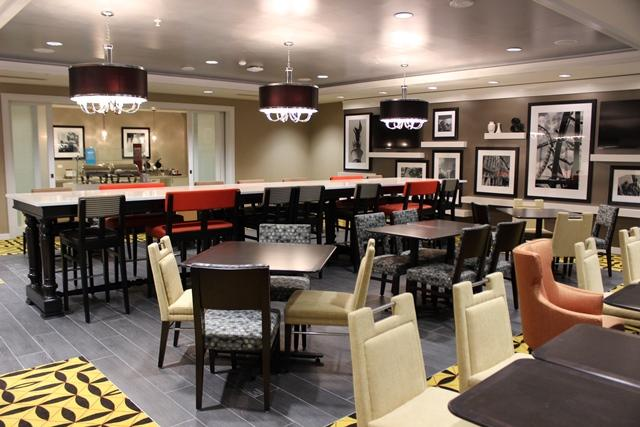 The breakfast dining room on the Hampton Inn side of the hotel.