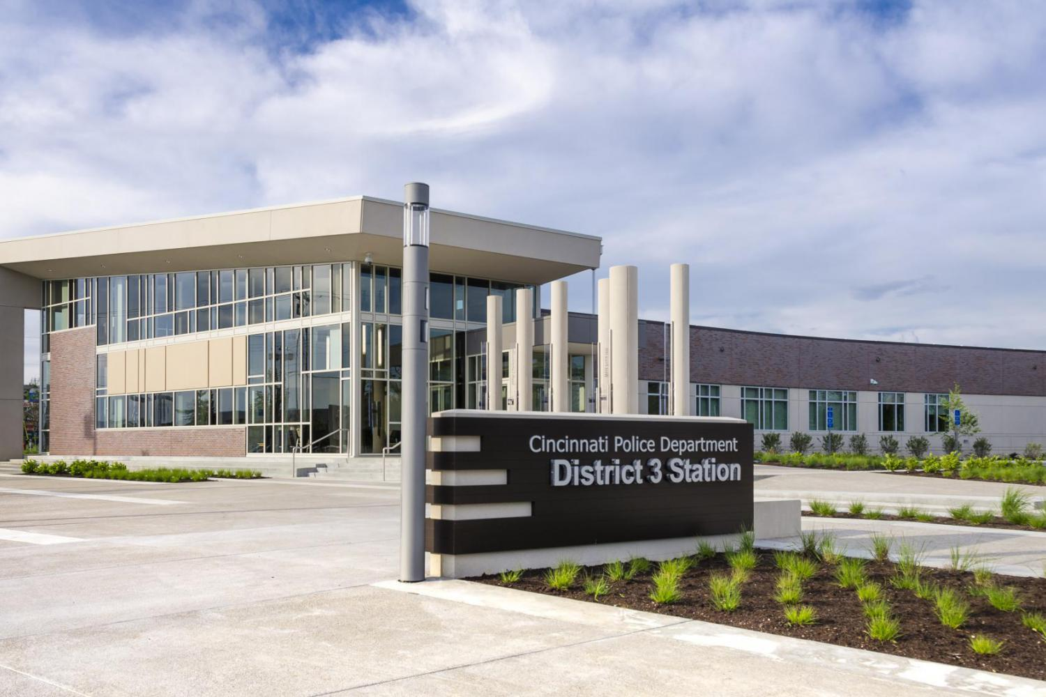 First net zero energy police station in the us wvxu the cincinnati police district 3 headquarters is the first net zero energy police station in the country and carries a leed platinum certification xflitez Image collections