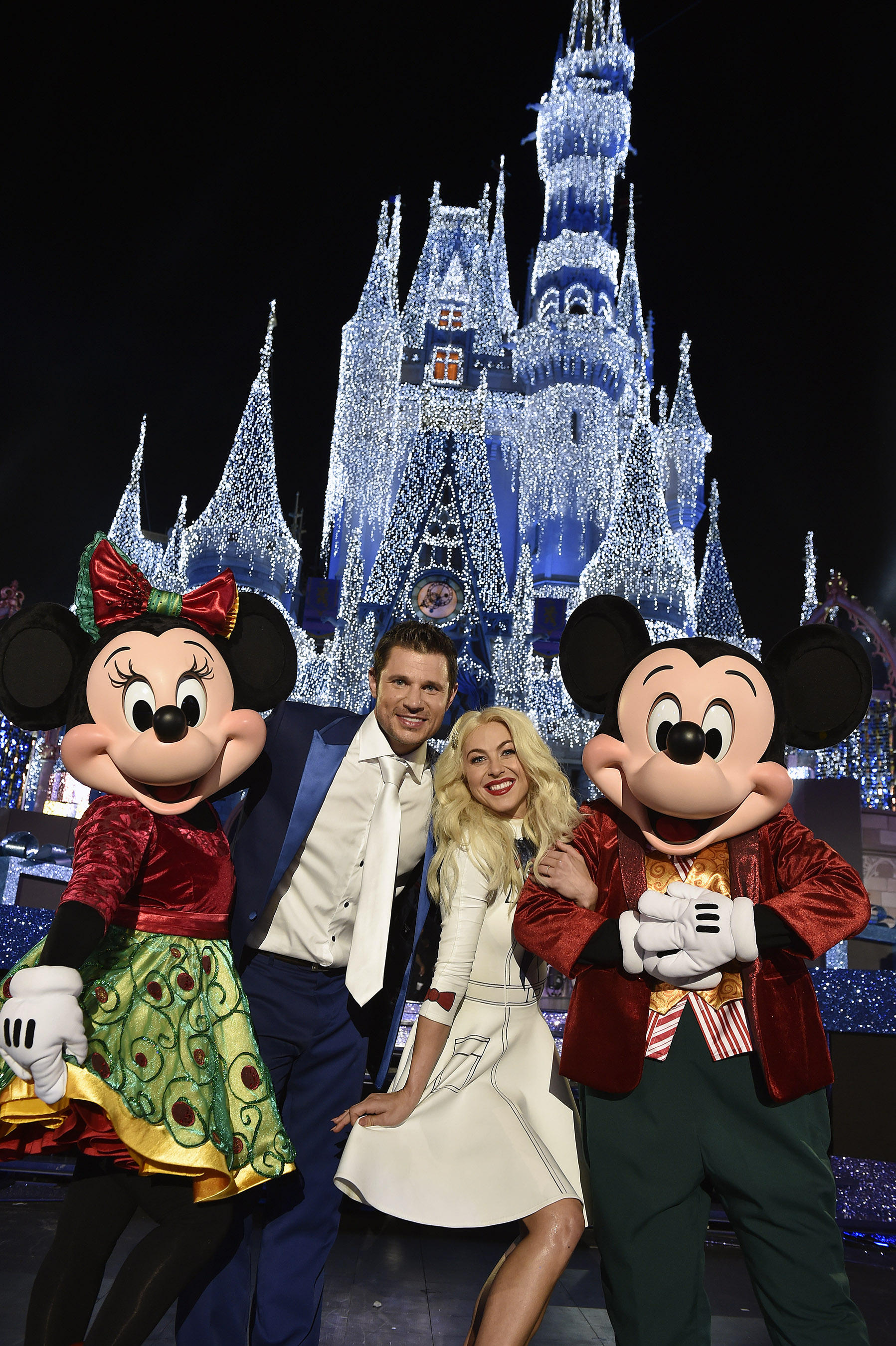 nick lachey and julianne hough host two abc specials - 98 Degrees Christmas