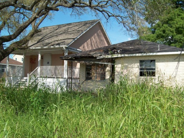 Katrina cottages years late and 1 million over budget wwno for Katrina cottages pictures