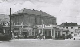 What the intersection looked like in 1939.