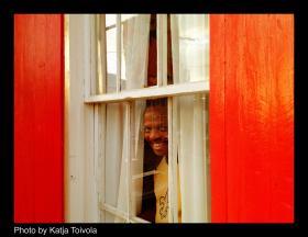 Leroy Jones has a mockingbird who sings outside his window.