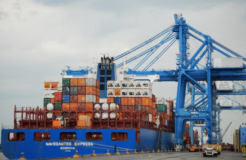 Cargo is continuing to move through the Port of New Orleans during the national drought.