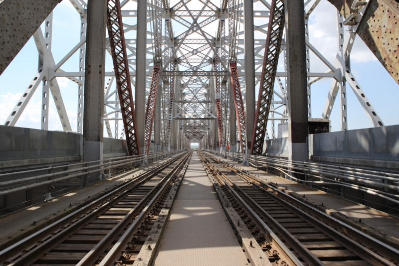 The newly expanded Huey P. Long Bridge maintains its two train lines down the middle of the span, and has expanded lanes for cars and trucks, widened to 11 feet. This Sunday pedestrians will get a unique chance to walk across the bridge.