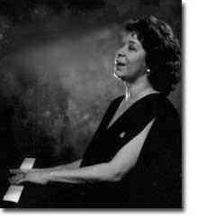 Chanteuse and pianist Shirley Horn