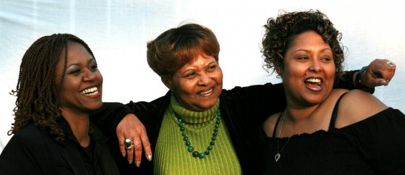 The Women of Solid Harmony: Topsy Chapman (center) with daughters Yolanda Windsay (left) and Jolynda Phillips (right).