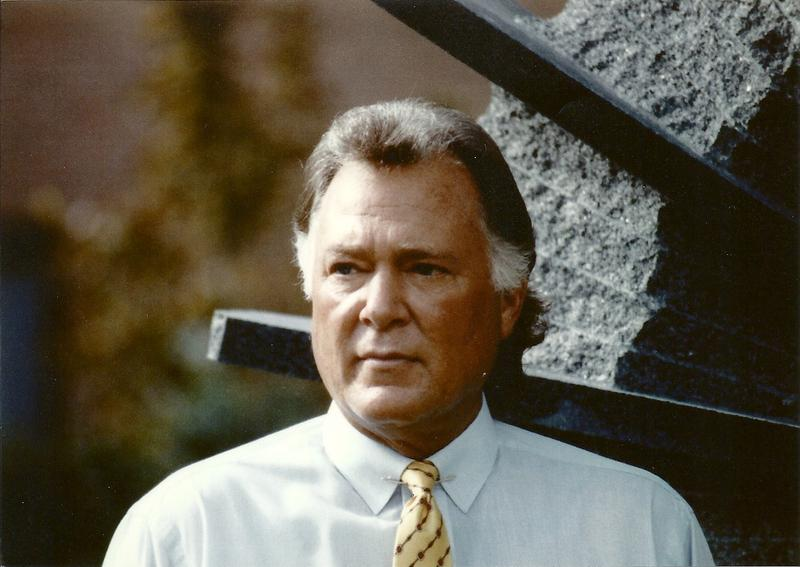 John Mecom Jr. was actively involved in the sports industry. Apart from the Saints he owned Mecom Racing Team, which managed several Formula One racing teams and drivers.