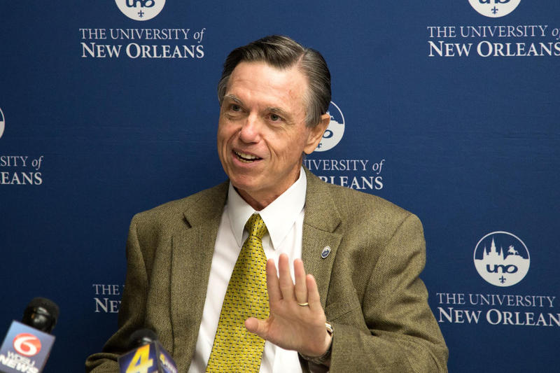 University of New Orleans president Peter Fos has announced he will retire at the end of January 2016.