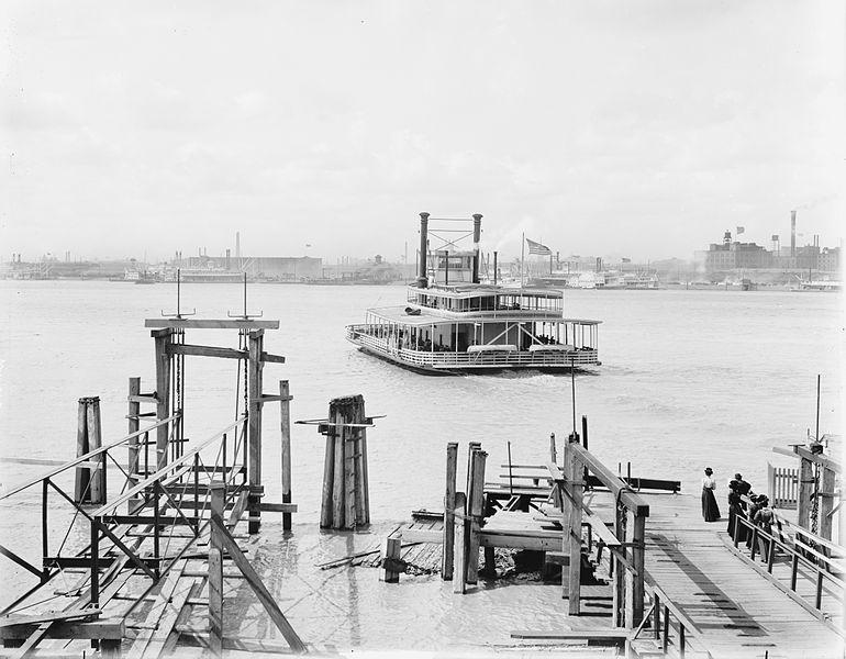 A ferry crosses the Mississippi River from Algiers in 1900.