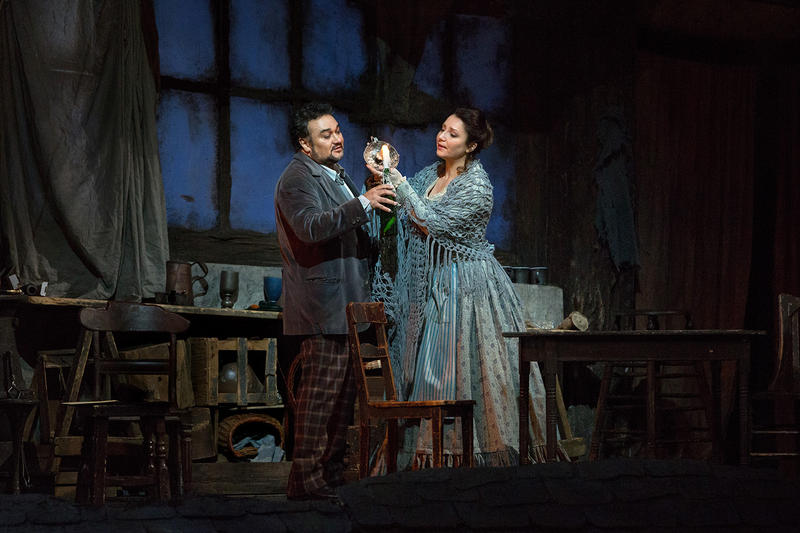 Ramon Vargas as Rodolfo and Barbara Frittoli as Mimì in Puccini's La Boheme.