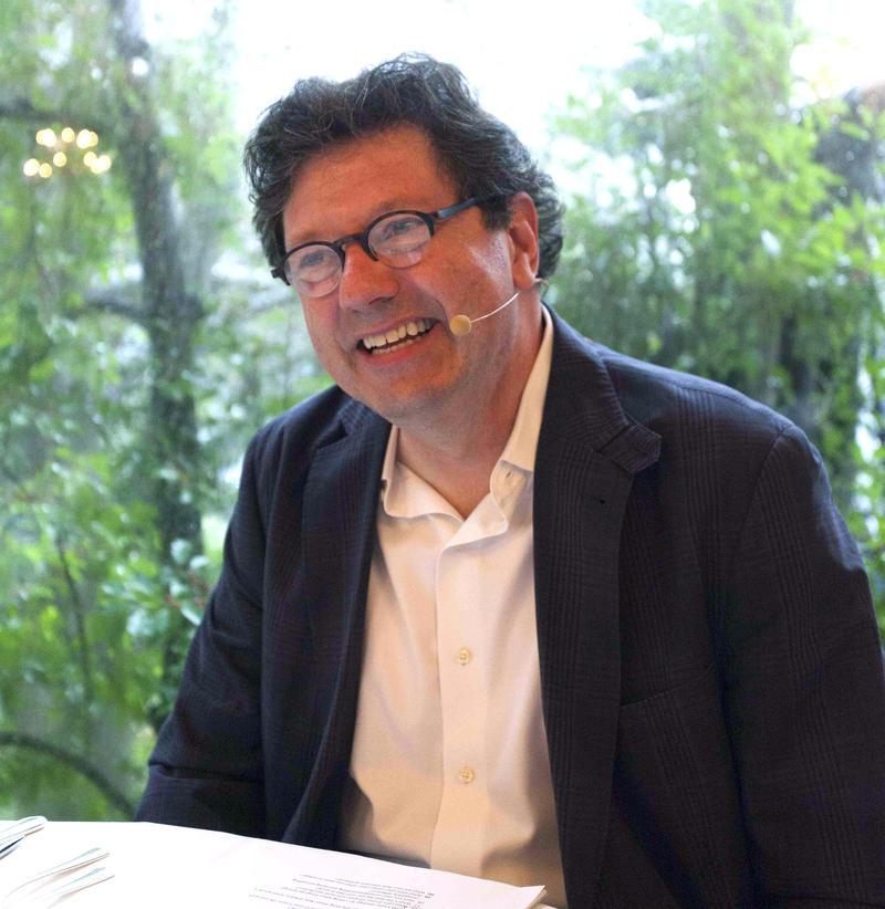 Peter Ricchiuti.