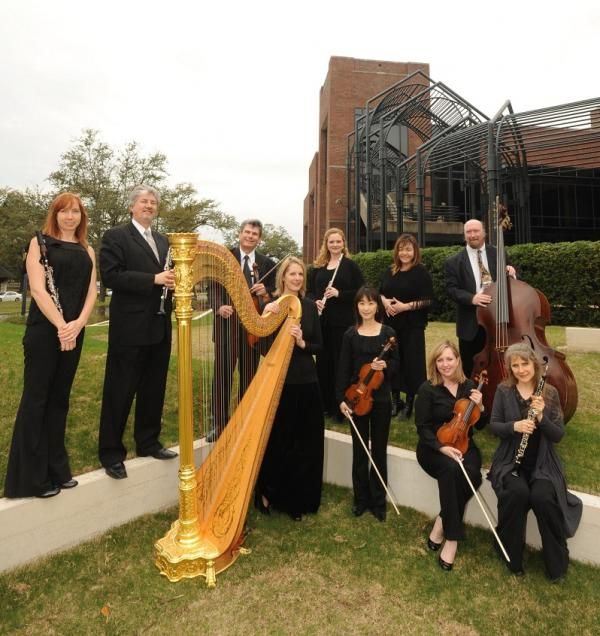 Musaica Chamber Ensemble's final performance of the 2012-2013 season takes place on April 22 at the Lakeview Unitarian Church.