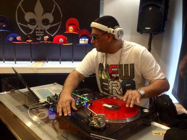 DJ Spin kicking it at the New Era popup store. Your faithful narrator picked up a New Orleans Jazz throwback hat at this store.