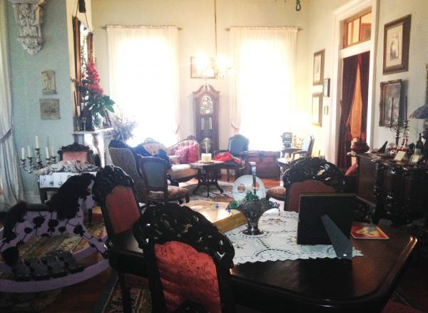 The common living Area at H and H Whitney House, a traditional bed and breakfast on Esplanade Avenue.