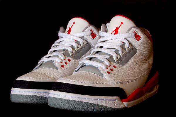 Air Jordan Retro 3s.