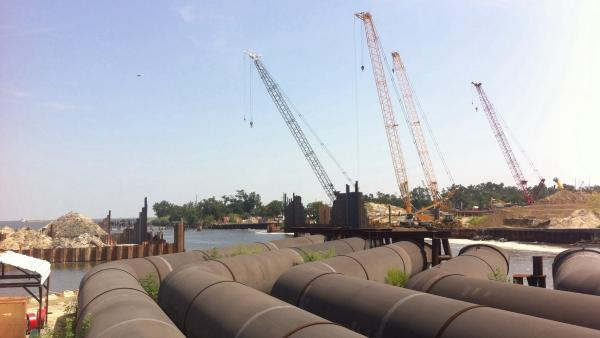 17th Street Canal storm protection system being built by Army Corps of Engineers along Lake Pontchartrain.