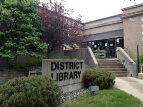 The Rhinelander District Library Foundation celebrated its outgoing leader Tuesday.