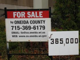 Oneida County signs at WPS building