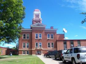 Forest Co. courthouse