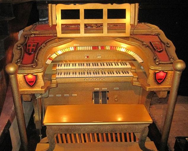 Volunteers worked painstakingly to restore the theater's original Barton Organ, which is now played for a half hour before every show.