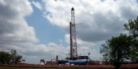 Fracking - drilling tower
