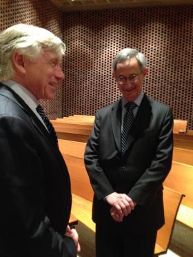 Lee Bollinger, President of Columbia University, talks to UR President Joel Seligman.
