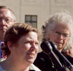 Susan Galloway (L) and Linda Stephens (R)