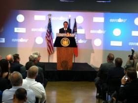 Governor Cuomo talking up START-UP NY at RIT